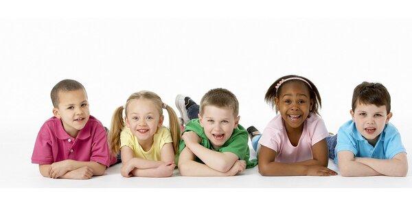 Celodenní hlídání dětí s pravidelnými koutky angličtiny pro děti hrou vedené…