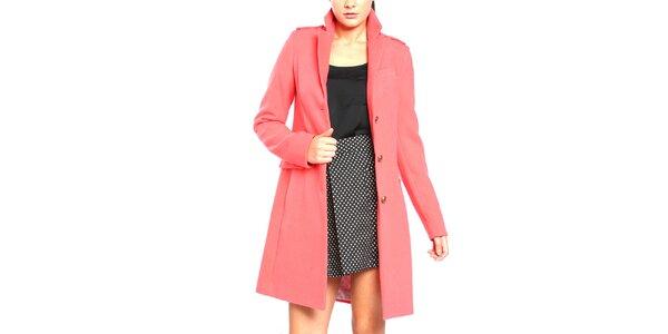 Dámský kabát na knoflíky v korálové barvě Vera Ravenna