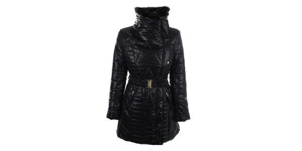 Dámský černý kabát s kožíškovým límcem N & P