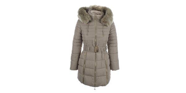 Dámský béžový kabát s páskem a kožíškem Foglie Rosse