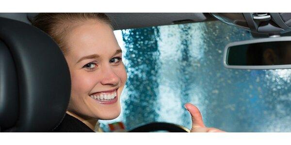 Čištění interiérů automobilů