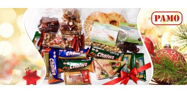 Dárkový balíček zdravých sladkostí: oříšky, sezamky, chalva aj.
