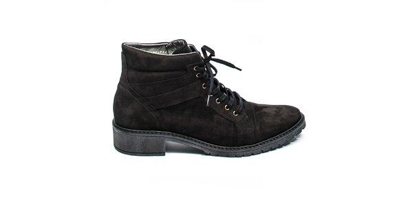 Černé kotníkové boty s tkaničkami Moda Italiana