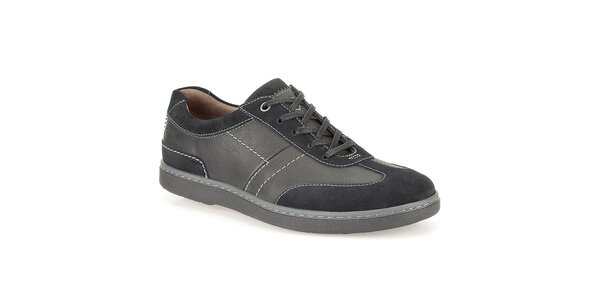 Pánské černé boty se světlejším prošíváním Clarks
