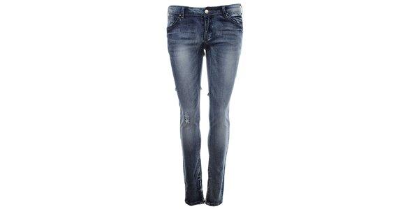 Dámské modré džíny s prodřeninou na koleni Madam Rage