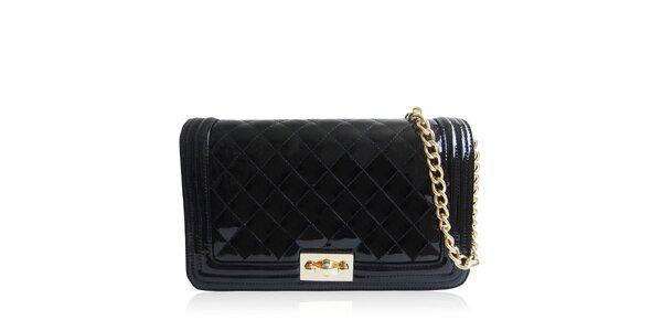 Dámská lesklá prošívaná kabelka v černé barvě Gessy