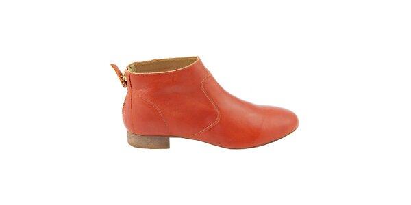 Dámské červené kožené kotníčkové boty na zip Eye