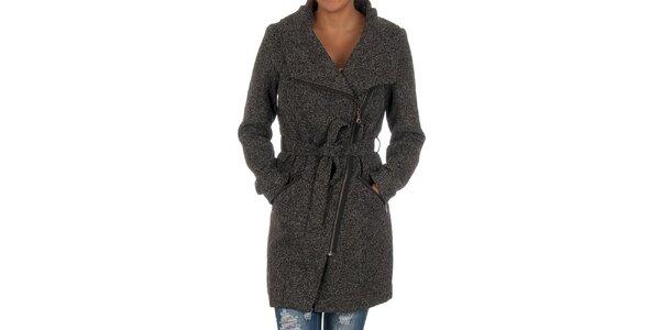 Dámský černý žíhaný kabát s páskem Vila Clothes