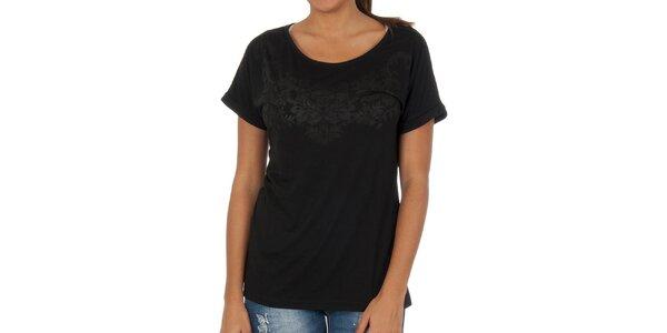 Dámské černé tričko s potiskem Vila Clothes