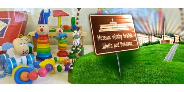 Interaktivní prohlídka muzea výroby hraček s dárkem