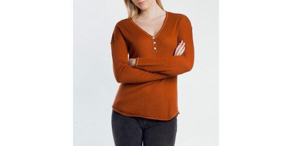 Dámský tenký oranžový svetřík s knoflíčky Nero su Bianco