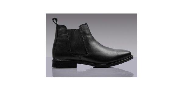 Pánské černé chelsea boty s poutkem Roamers