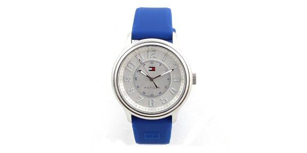 Dámské analogové hodinky s modrým silikonovým řemínkem Tommy Hilfiger