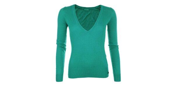 Dámský svetřík s véčkovým výstřihem v zeleném odstínu Phard