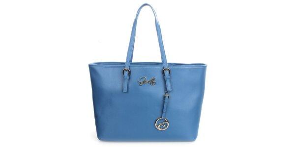 Dámská blankytně modrá kabelka s přívěskem Gorétt