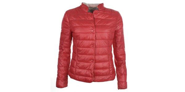 Dámská červená bunda s druky DJ85°C