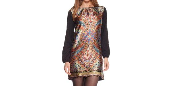 Dámské černé šaty s barevným vzorem na přední straně Peace&Love