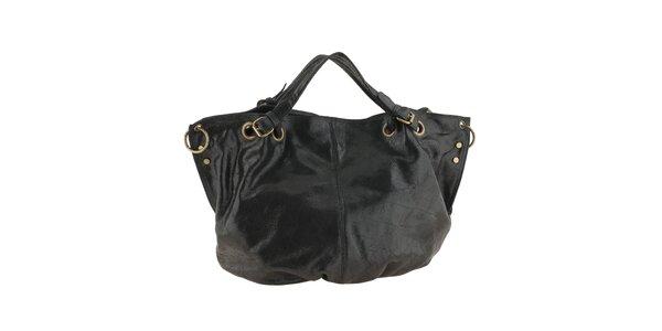 Dámská černá kožená kabelka s nastavitelným popruhem Valentina Italy