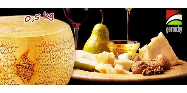 0,5 kg výborného italského sýra Grana Padano