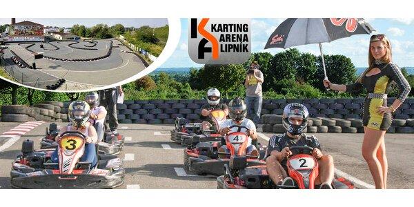 Napínavá jízda na nadupaných motokárách pro dva závodníky