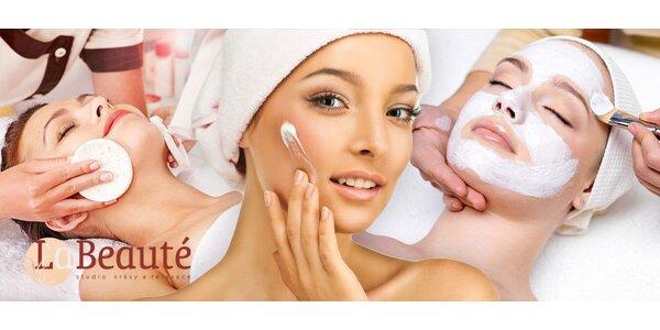 Kosmetika pro mladou pleť s akné i pro zralou