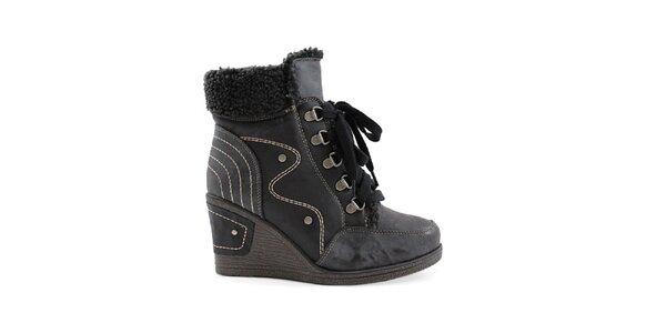 Dámské černé boty na klínku se šněrováním Ctogo Gogo