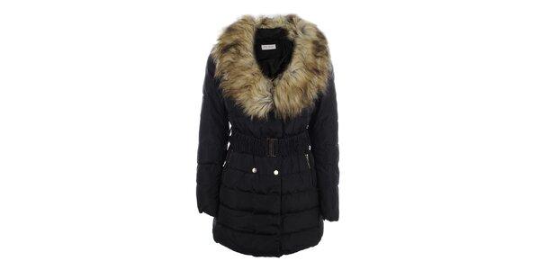 Dámský černý kabát s velkým kožíškovým límcem Blue Deise