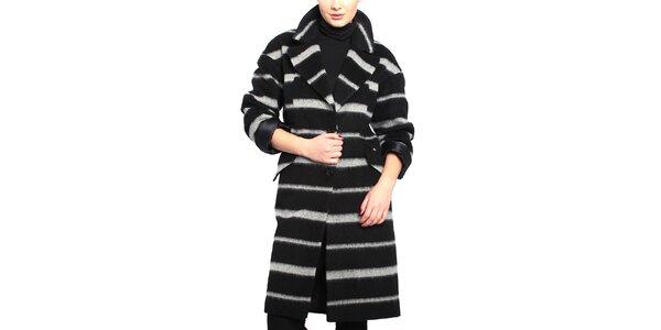 Dámský černo-bílý pruhovaný kabát Vera Ravenna