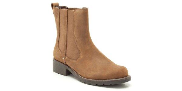 Dámské hnědé kotníkové boty s elastickou vsadkou Clarks