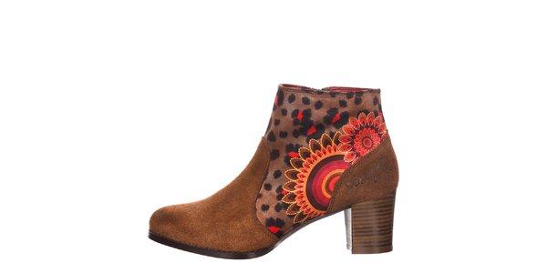 Dámské kotníkové hnědé boty na podpatku Desigual