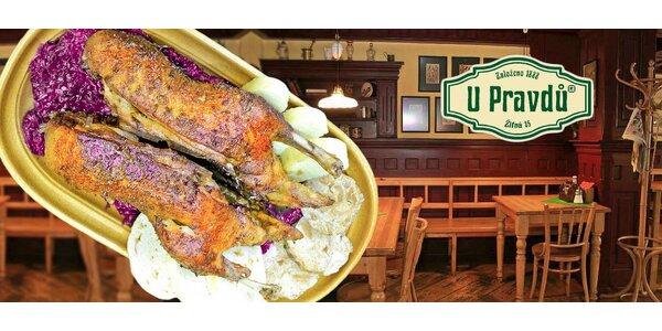 Pečená kachna pro dva včetně knedlíků a zelíčka