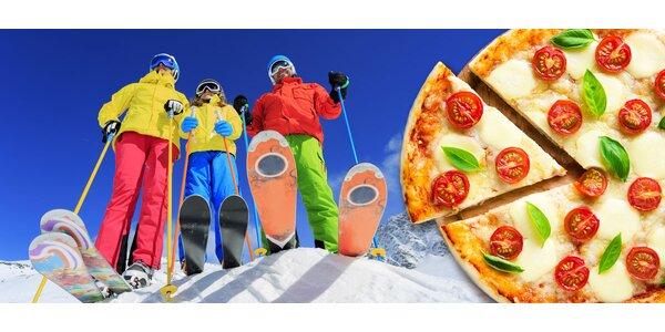 Skipasy a neomezeně pizzy až pro 10 lyžařů