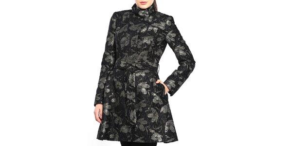 Dámský černý kabát s lístky Vera Ravenna
