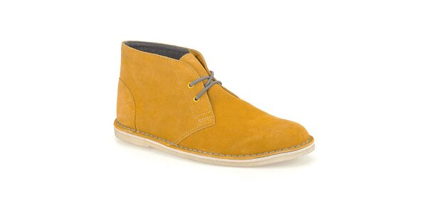Pánské semišové boty ve žlutém odstínu Clarks