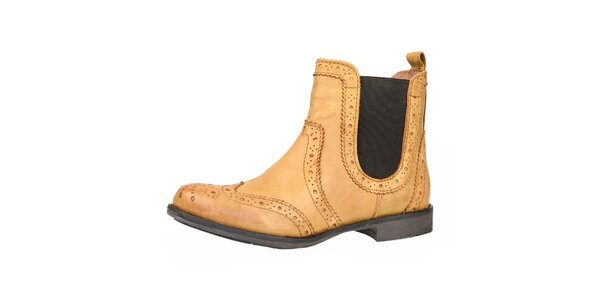 Dámské béžové kožené boty s ozdobným perforováním Bullboxer