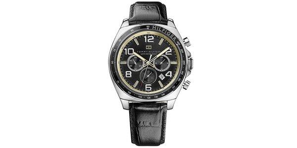 Pánské ocelové hodinky s kulatým ciferníkem a koženým páskem Tommy Hilfiger