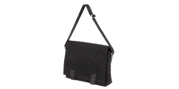 Pánská černá látková taška přes rameno s klopou Calvin Klein