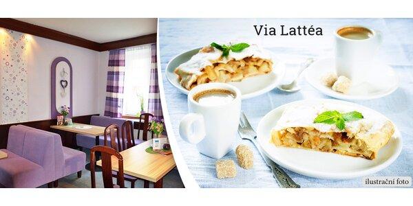 2 horké nápoje a 2 jablečné záviny ve Via Lattéa