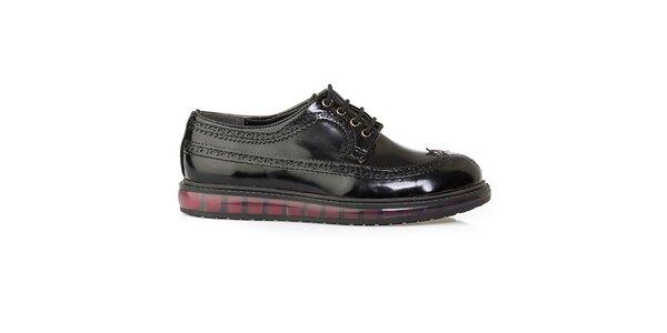 Dámské černé boty s perforací Crash Shoes - lesklé