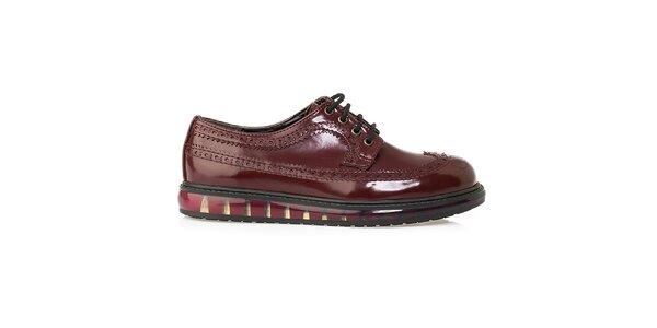 Dámské vínové boty s perforací Crash Shoes - lesklé
