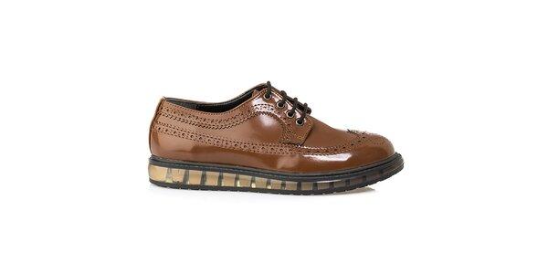 Dámské hnědé boty s perforací Crash Shoes - lesklé