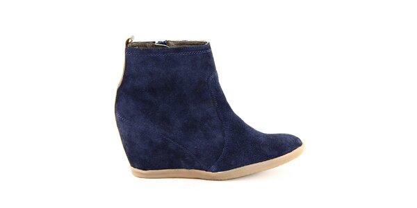 Dámské modré kožené kotníkové boty na klínku Eye