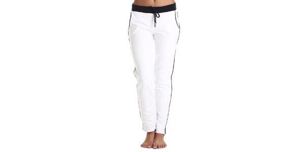 Dámské bílé kalhoty s barevnými prvky Galvanni