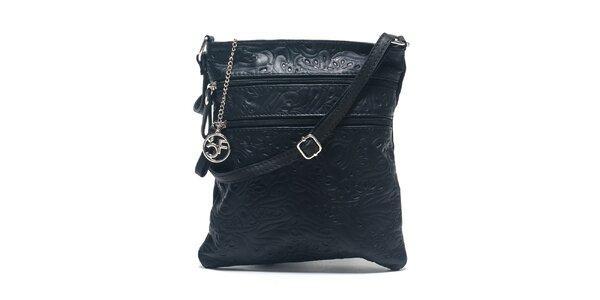 Dámská černá kožená taška se vzorem Carla Ferreri