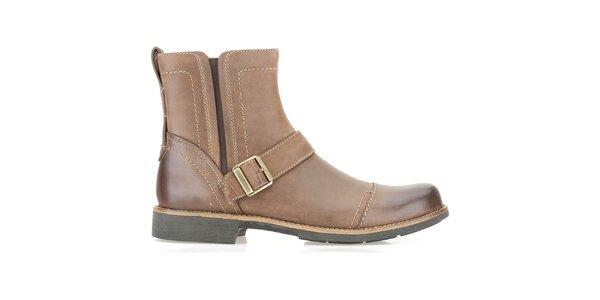Pánské světle hnědé kotníčkové boty s přezkou Clarks