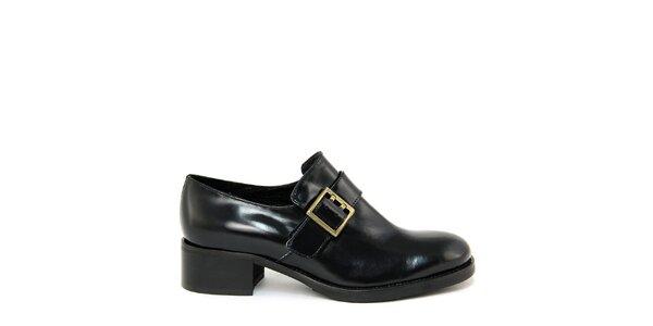 Dámské černé boty s přezkou Paola Ferri