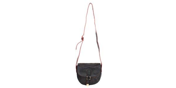 Dámská černá kabelka s dekorativní perforací Caro Paris