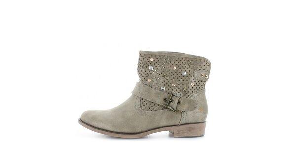 Dámské kotníkové boty se cvočky Big Star
