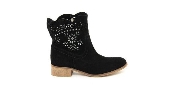 Dámské semišové černé boty s perforací Giorgio Picino