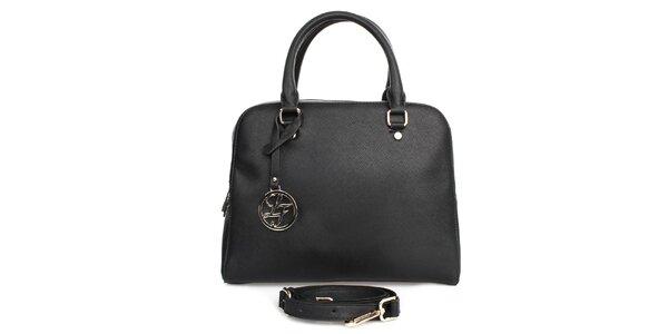 Dámská černá kabelka s přívěskem London fashion